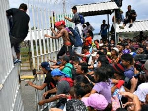 'Imperative' that 'No One' from Caravan Enter U.S.