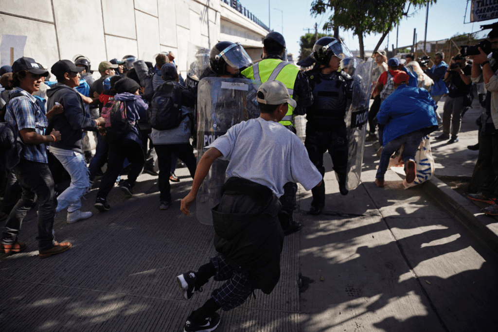 Migrants march toward US border in show of force
