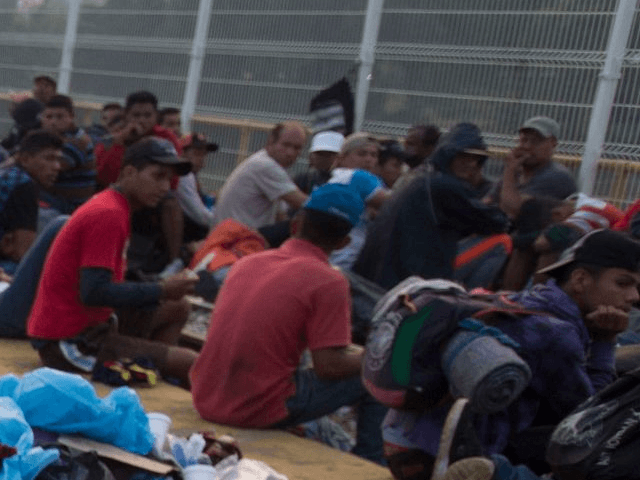 Central Americans Riot in Mexican Immigration Detention Center