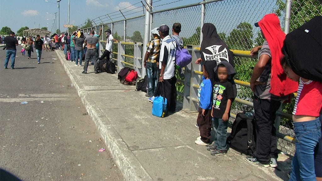 Mexico confirms ending fast-track visa program for Central American caravan