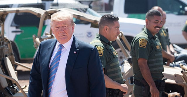 DHS Blocks White House Plan to Bus Migrants into Democrats' Districts