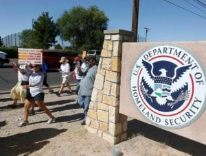 Migrants face 'culture of hostility' in El Paso court, lawyers say; claim judge calls it the 'Bye-Bye Place'