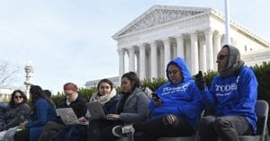 Justice Dept. to SCOTUS: We Can't Give Work Permits to DACA Migrants